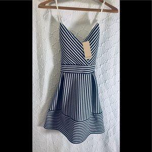 💎NWT HOT GAL dress size M